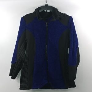 Catherines Womans Zipped Up Jacket Size 1X Hooded